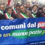 """""""Le catene del debito che uccidono i Comuni"""" pubblicato su il Manifesto del 20 aprile 2013"""